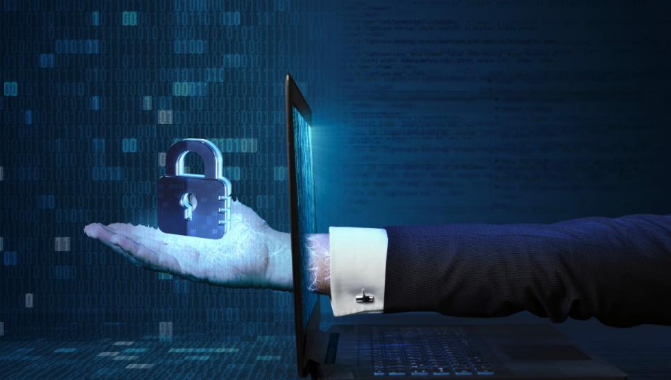 Cyberbezpieczeństwo w pracy oraz w życiu prywatnym Akademia home.pl darmowe webinary